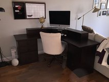 Pottery Barn Bedford Desk (With Smart Hutch) in Great Lakes, Illinois