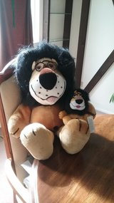 Daddy and Me  Hubert Lion & Baby in Bolingbrook, Illinois