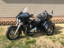 H-D TRI GLIDE ULTRA 2015 in Fort Campbell, Kentucky