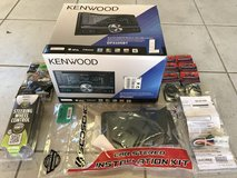 Kenwood Toyota Stereo Replacement Kit in Ramstein, Germany