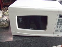small white microwave in Camp Lejeune, North Carolina
