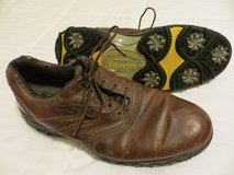 Men's Golf Shoes - size 11W in Fort Campbell, Kentucky