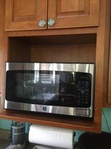 GE Stainless Steel Microwave in Beaufort, South Carolina