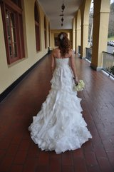 WEDDING DRESS NEVER WORN, UNALTERED, LACE and ORGANZA GOWN BY ENZOANI in Naperville, Illinois