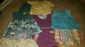 Girls size 4T lot in Lake Elsinore, California