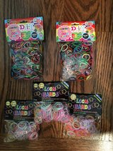 Loom Bandz Rainbow Colors YUMMY SCENTED (600 Bands per Pack) & GLOW IN THE DARK in Lockport, Illinois