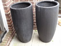 2 Tall Planters in Elizabethtown, Kentucky