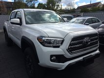 Brand New Tacoma TRD Off Road Double Cab 5' Bed V6 4x4 MT in Stuttgart, GE