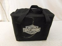 new with defects harley davidson black miniature barbecue grill / carrying case 34130 in Huntington Beach, California