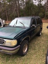 "1996/98 Ford Explorer """"""PARTS ONLY """"""""""""NO WHOLE EXPLORERS in Camp Lejeune, North Carolina"