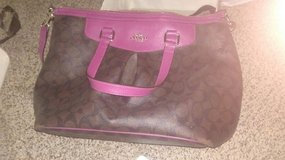 COACH BAG TONIGHT ONLY $10 in 29 Palms, California