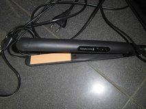 220 Remington Flat iron and  Curler in Ramstein, Germany