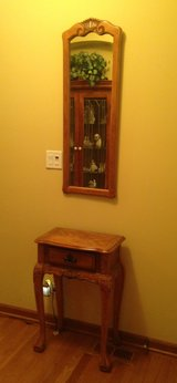 Table & Mirror in St. Charles, Illinois