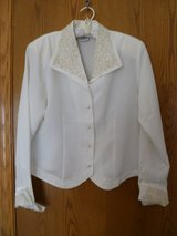 Ladies Sellecca Faux Pearl Embroidered Collar/Cuffs Cream Dressy Blouse Size 10 in Elgin, Illinois