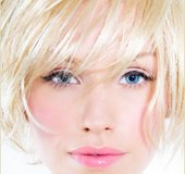 MOBILE  LICENSED COSMETOLOGYST in Fort Carson, Colorado
