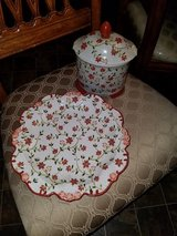 Rust Color Floral / 2 Piece Jar & Plate Set in Fort Campbell, Kentucky