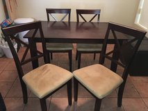 Table/Chairs in Temecula, California