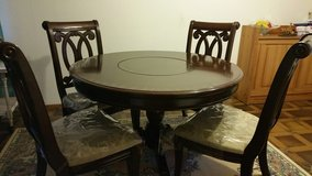Elegant Lazy Susan Dining table  ! in Ramstein, Germany