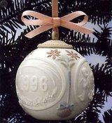 LLADRÓ XMAS Porcelain Ball in Rota, Spain