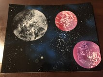 Spray paint planets in Clarksville, Tennessee
