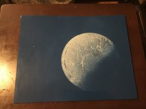 Spray paint moon in Clarksville, Tennessee