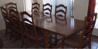 Dining Room Table in Alamogordo, New Mexico