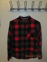Boys Large Tony Hawk Red & Black Long Sleeve Flannel Shirt in Naperville, Illinois