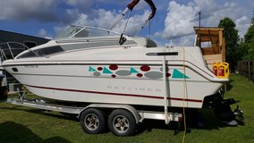 1994 27 foot Bayliner Cabin cruiser in Camp Lejeune, North Carolina