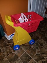 Little Tikes Grocery Cart in Fort Campbell, Kentucky
