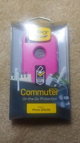 Pink OtterBox  iPhone 5 in Clarksville, Tennessee