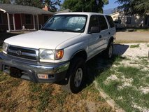 Super Rare and Clean Toyota 4runner 4x4 4 cylinder 3rz in Temecula, California