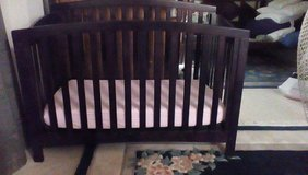 4 in 1 crib in Bolling AFB, DC