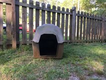 Dog house used in Warner Robins, Georgia