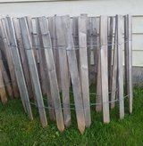 Cedar Picket Garden Fence (2 ft tall x 30 ft long) in Bartlett, Illinois