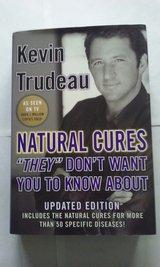Natural Cures Kevin Trudeau copyright 2004 hardcover in Bartlett, Illinois