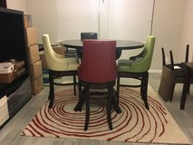 Diningroom table and chairs in Houston, Texas