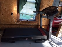 Pro-form treadmill in Fort Leonard Wood, Missouri