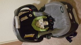 Graco car seat in Fort Irwin, California
