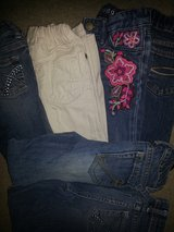 Girls size 5 slim jeans in Bolingbrook, Illinois