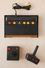 Atari Flashback 6 Classic Game Console 100 Built In Games Plug and Play in Naperville, Illinois