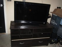 Sony 32bx300 32inch tv/tv stand/ logitech surround sound system in Tinker AFB, Oklahoma