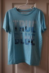 Boys Old Navy True Blue Graphic T-Shirt Size 6/7 in Joliet, Illinois