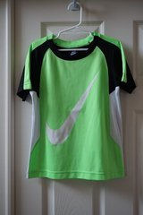 Boys Nike Neon/Black/White Shirt Size 6/7 in Joliet, Illinois