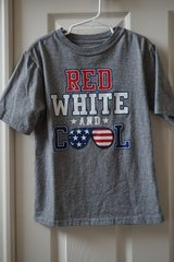 Boys Americana Grey Red/White/Blue Graphic T-Shirt Size 6/7 in Joliet, Illinois