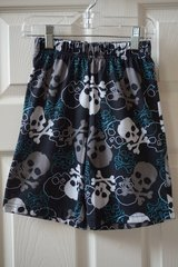 Boys Faded Glory Black/White/Grey/Blue Skull Pajama Shorts Size 6/7 in Joliet, Illinois
