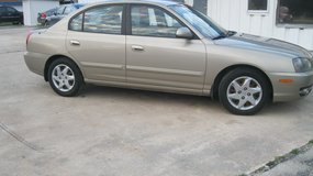 2006 HYUNDAI ELANTRA GLS LIKE NEW WITH LOW MILES in Moody AFB, Georgia