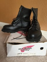 Red Wing steel toed safety boots size 7.5 in Camp Pendleton, California