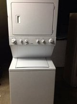 Kenmore Stackable washer dryer, electric in Barstow, California