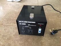Goldsource ST-2000 2000 Watt Step Down/Up Voltage Converter To Use US Equipment In the UK or Eur... in Alconbury, UK