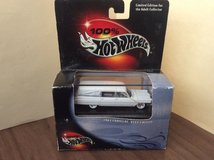 HOT WHEELS 100% 1963 CADILLAC FLEETWOOD HEARSE WHITE BODY NIP in 29 Palms, California